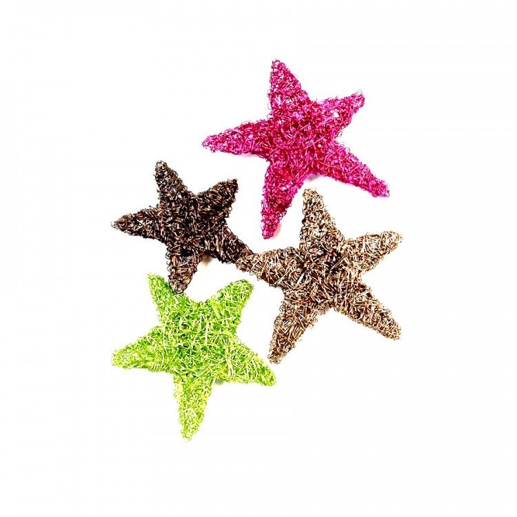 Wire star brooch