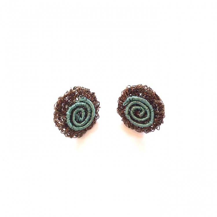 Woven wire round stud earrings with spiral pattern