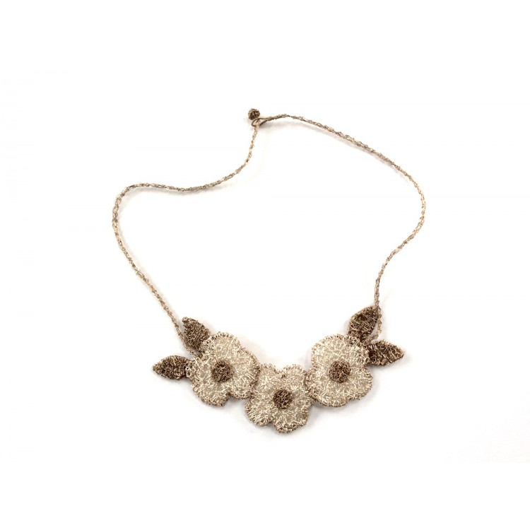 Woven wire three pansy necklace