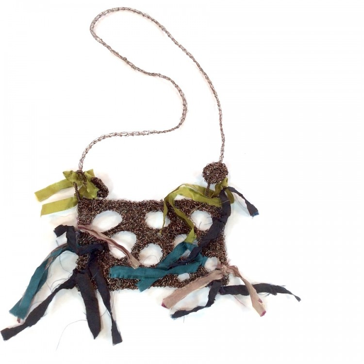 Woven wire necklace with ribbons