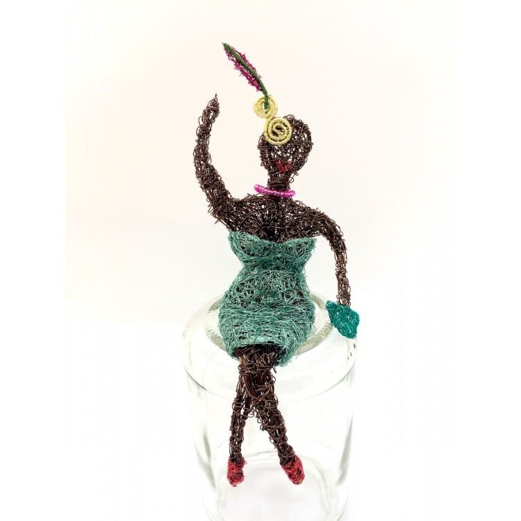 Woven wire lady in aqua